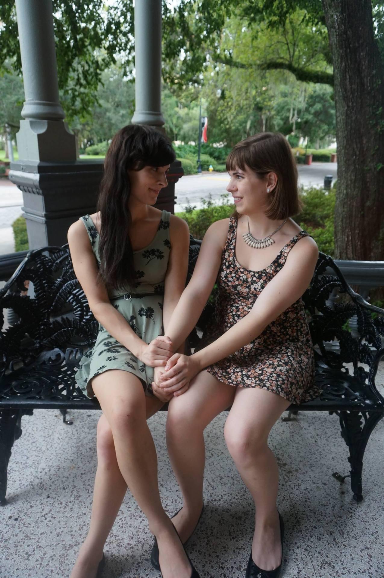 лесбиянка и трансвестит смотреть онлайн